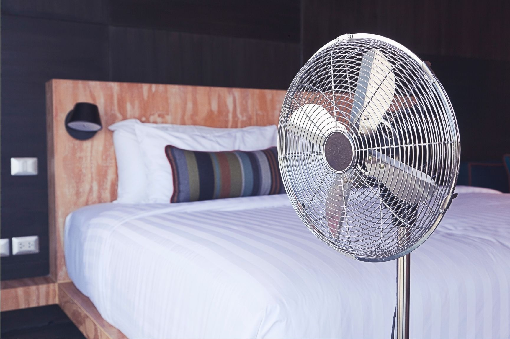 Benefits of sleeping with a fan