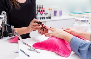 Why Good Ventilation Is Necessary in a Nail Salon?