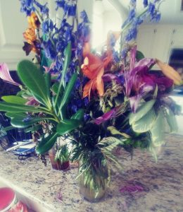 flowers in a vase diy humidifier